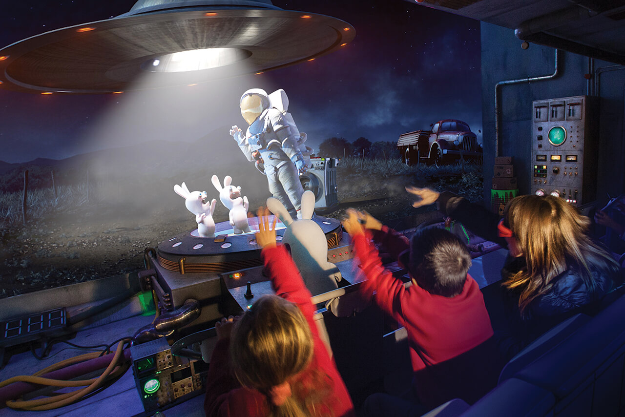 Attraction Machine Voyager dans le temps visio 5