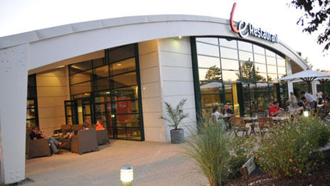 Hôtel Campanile *** / Hôtel Campanile Nouvelle Génération *** 50f017ba39d1c-campanile-futuroscope-1