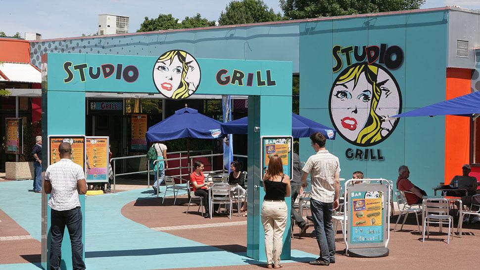 [Restaurant] Studio Grill 591b0e7fa0853-3